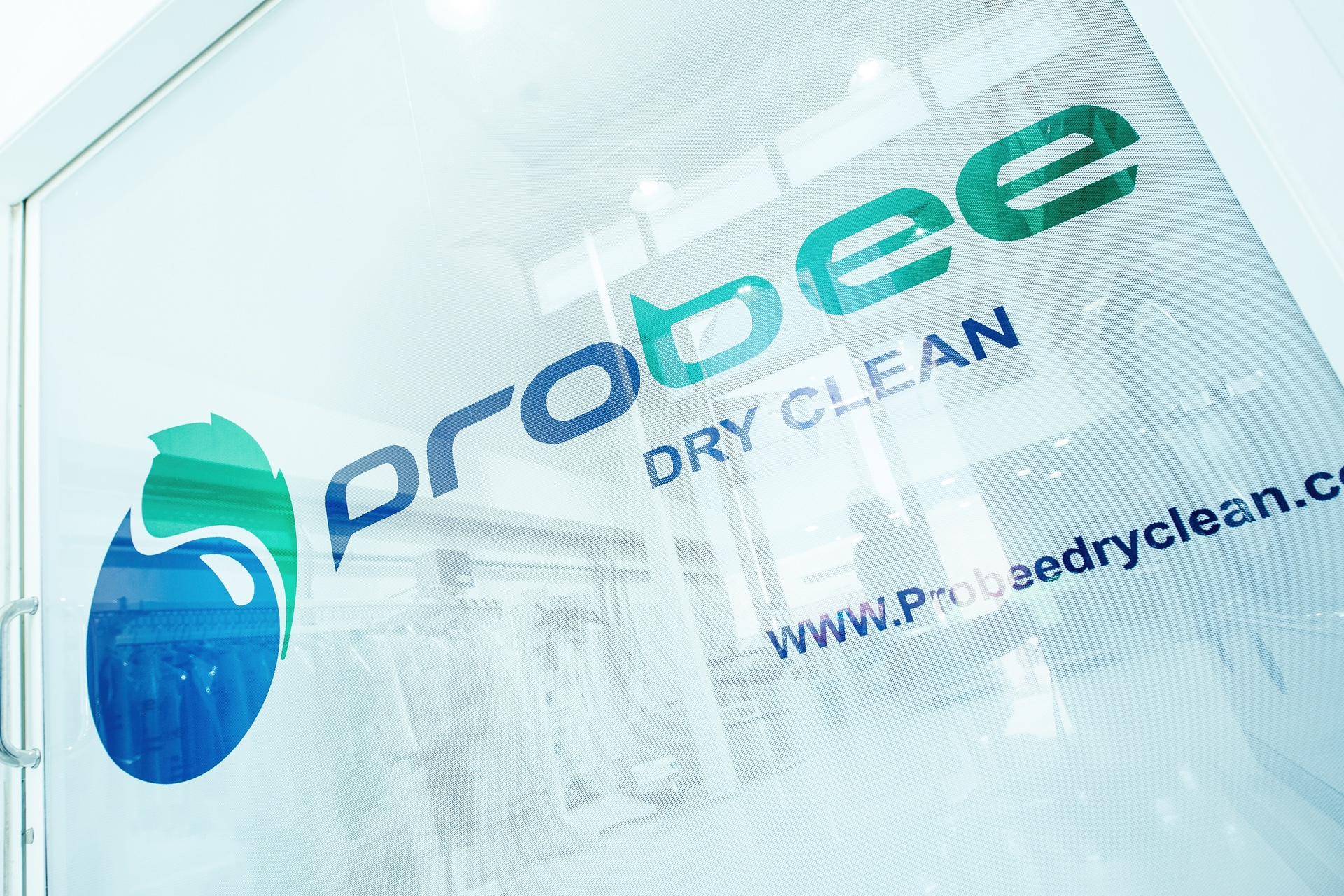 Professional Laundry, Delicate and Luxury Items Cleaning & Dry Cleaning Services in Dubai